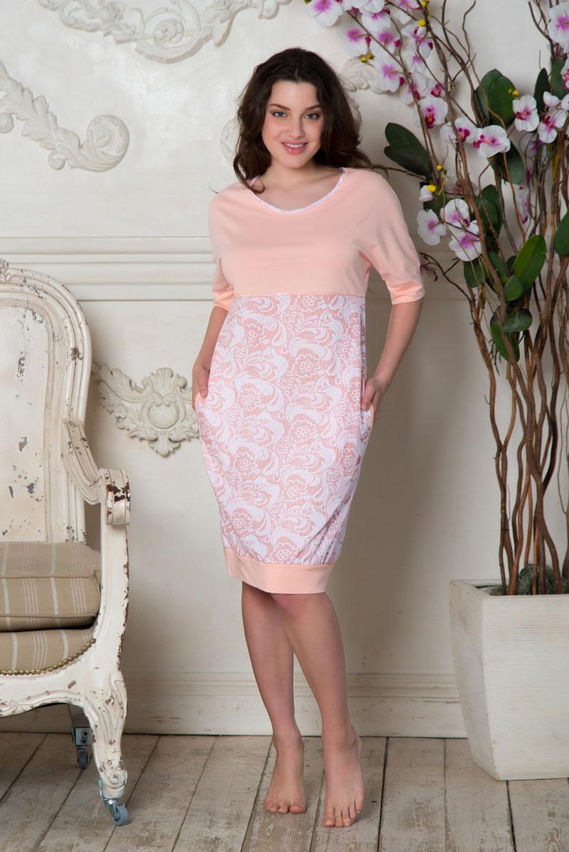 Платье домашнееSS16-PL-09Платье Santi Кружева выполнено из натурального хлопка. Модель с круглым вырезом горловины и короткими рукавами оформлена принтом с цветочным узором. Спереди расположены два втачных кармана.