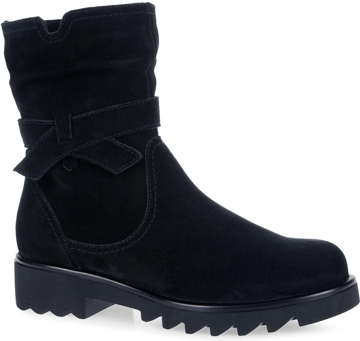 Полусапоги для девочки. 5420854208Стильные полусапоги от Kapika заинтересуют вашу юную модницу с первого взгляда. Модель выполнена из натуральной кожи. Модель оформлена декоративным ремешком. Передняя и задняя части дополнены нашивками для уменьшения изнашиваемости обуви. Модель фиксируется на ноге с помощью удобной молнии. Подошва, изготовленная из ТЭП-материла, дополнена небольшим каблуком. Оригинальная рифленая поверхность подошвы обеспечит отличное сцепление с любой поверхностью. Такие модные и практичные полусапоги займут достойное место в гардеробе вашей девочки.