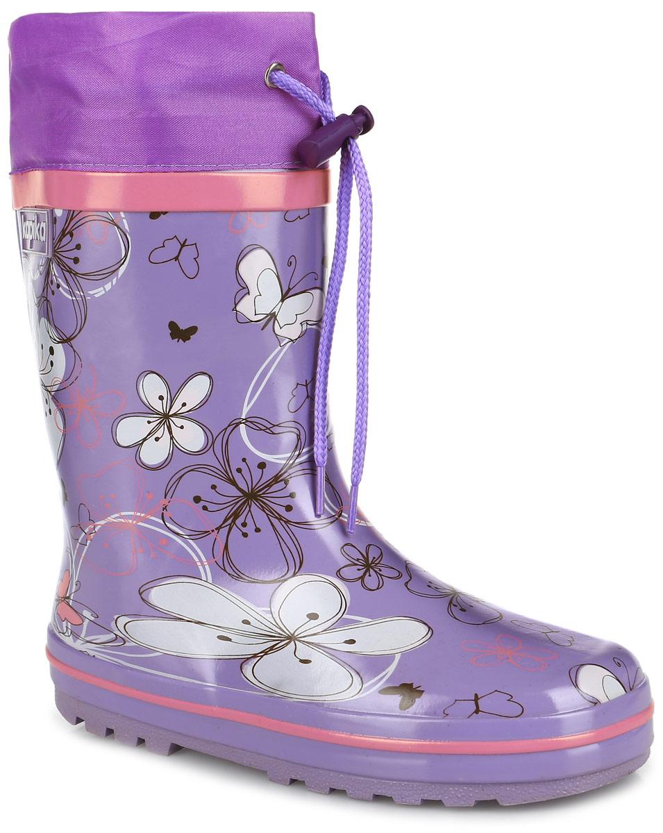 Сапоги резиновые для девочки. 623т623Утепленные резиновые сапоги от Kapika - идеальная обувь в дождливую погоду. Сапоги выполнены из резины и оформлены цветочным принтом. Подкладка и съемная стелька из мягкого текстиля не дадут ногам замерзнуть. Текстильный верх голенища регулируется в объеме за счет шнурка со стоппером. Рельефная поверхность подошвы гарантирует отличное сцепление с любой поверхностью. Резиновые сапоги прекрасно защитят ноги вашего ребенка от промокания в дождливый день.