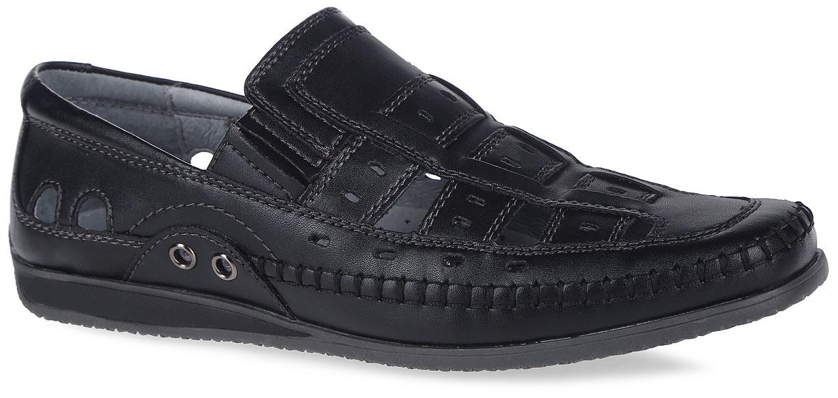 Туфли для мальчика. 24422п-124422п-1Стильные туфли от Kapika покорят вашего мальчика с первого взгляда! Модель оформлена перфорацией для лучшей воздухопроницаемости, внешним декоративным швом. Резинки, расположенные на подъеме, отвечают за комфортную посадку модели на ноге. Боковые стороны украшены металлическими люверсами. Стелька из натуральной кожи дополнена супинатором с перфорацией, который обеспечивает правильное положение ноги ребенка при ходьбе, предотвращает плоскостопие. Рифленая поверхность подошвы защищает изделие от скольжения. Удобные туфли - незаменимая вещь в гардеробе каждого ребенка.