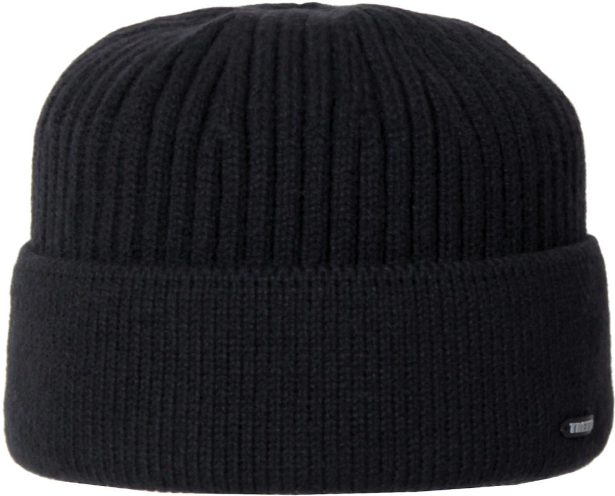 Шапка мужская. 5-0065-006Вязаная мужская шапка отлично подойдет для повседневной носки и активного отдыха в зимнее время года. Быстро выводит влагу от тела, оставляя изделие сухим. Шапка подарит ощущение тепла и комфорта в прохладный день.
