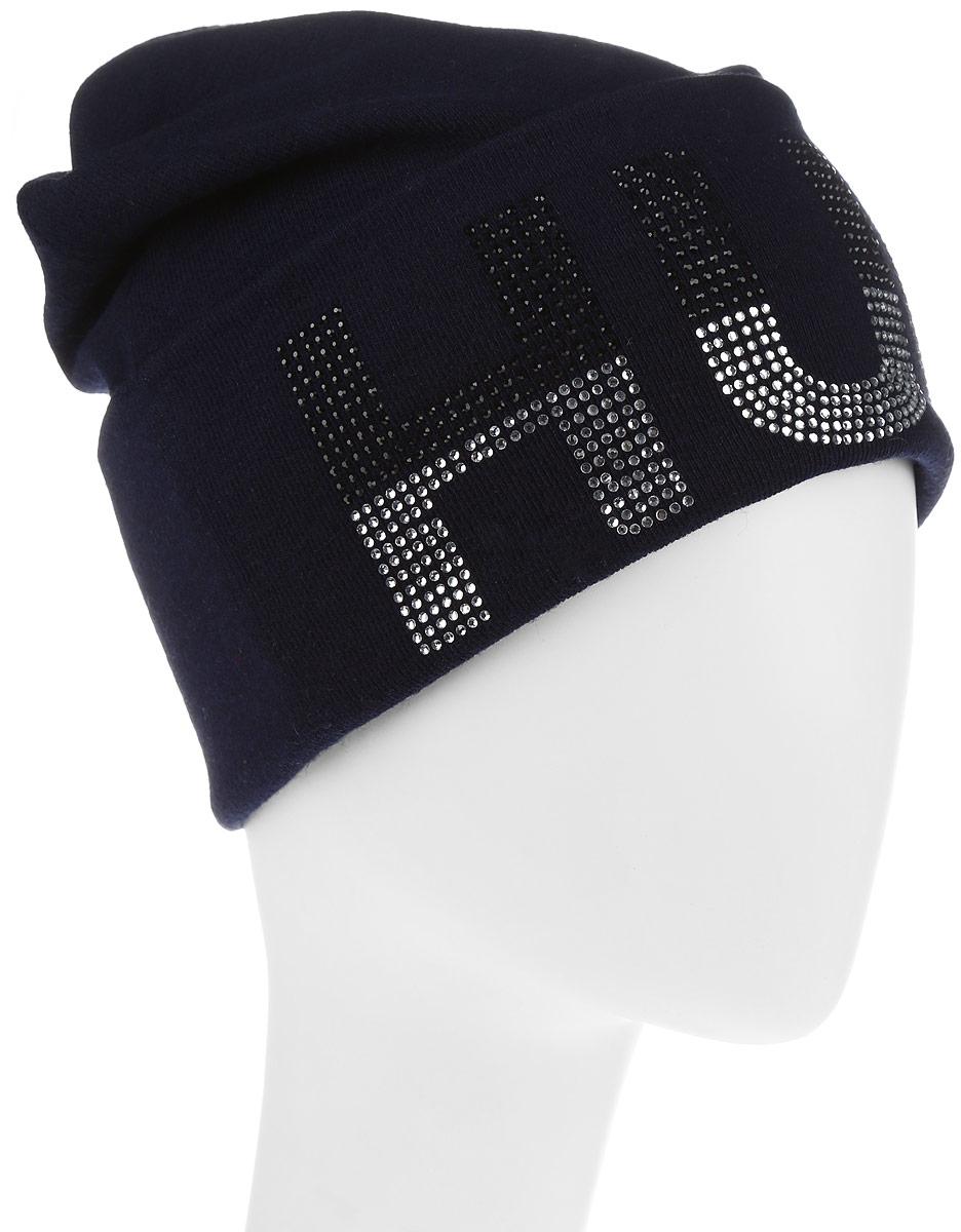 383574Стильная женская шапка Level Pro дополнит ваш наряд и не позволит вам замерзнуть в холодное время года. Шапка выполнена из шерсти и полиэстера, что позволяет ей великолепно сохранять тепло и обеспечивает высокую эластичность и удобство посадки. Изделие оформлено небольшим отворотом с принтовой надписью, выложенной из страз. Такая шапка составит идеальный комплект с модной верхней одеждой, в ней вам будет уютно и тепло.