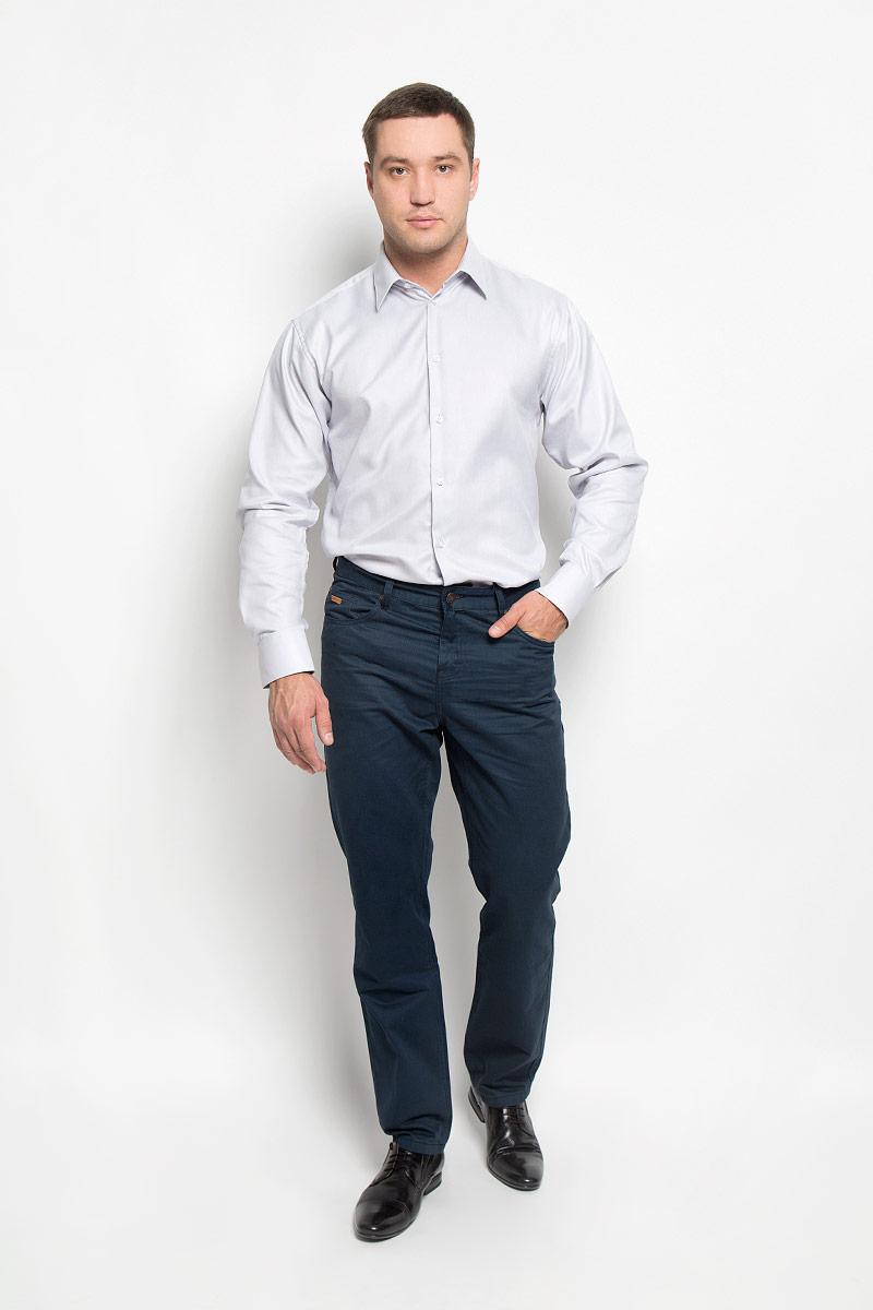 Рубашка мужская. 12.01484512.014845Мужская рубашка BTC выполнена из натурального хлопка. Материал изделия мягкий, тактильно приятный, не стесняет движений и хорошо пропускает воздух. Рубашка прямого кроя с отложным воротником и длинными рукавами застегивается спереди на пуговицы. На манжетах также предусмотрены застежки-пуговицы. Рубашка отлично подойдет для повседневной носки, в ней вам будет удобно и комфортно!