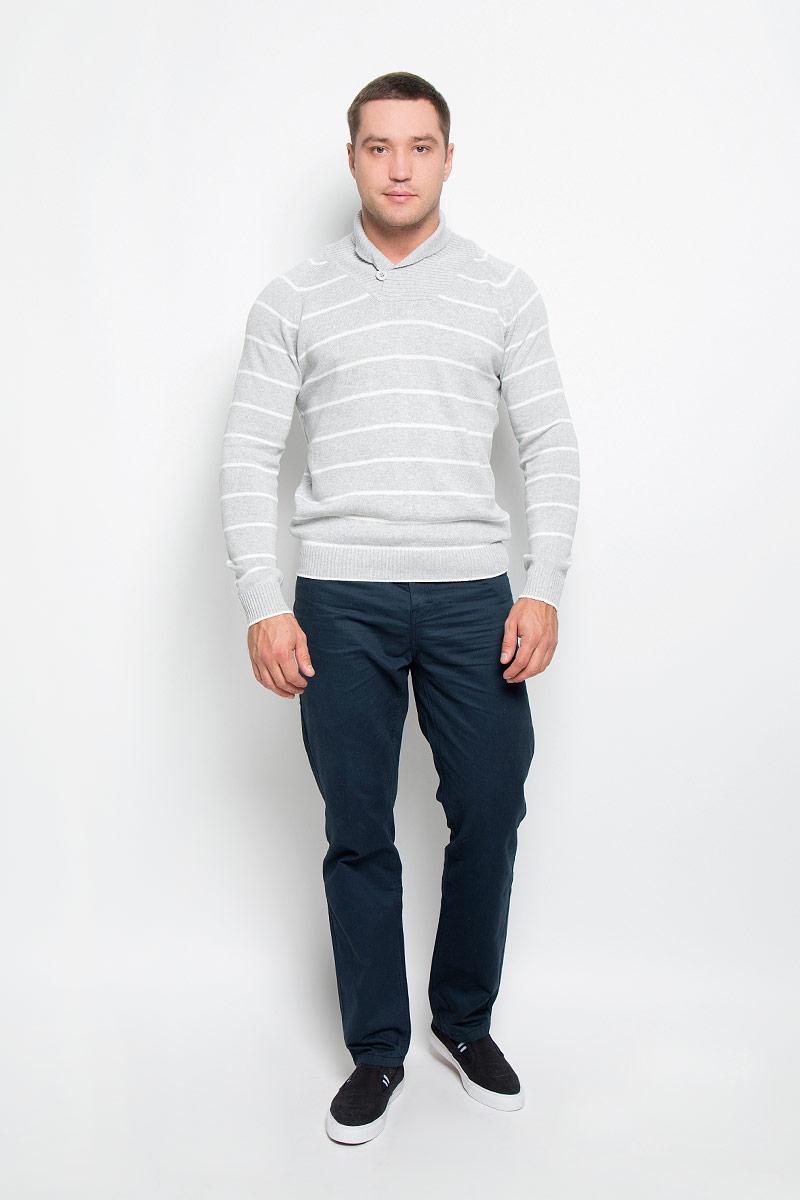 Свитер мужской. SSW1962GRSSW1962GRМужской свитер Top Secret идеально подойдет для повседневной носки. Модель выполнена из мягкой хлопковой пряжи. Ткань очень приятная на ощупь, не стесняет движений и хорошо пропускает воздух. Свитер с отложным воротником и длинными рукавами-реглан имеет спереди застежку- пуговицу. Воротник, манжеты и низ изделия связаны резинкой. Модель оформлена полосками. Дизайн и расцветка делают этот свитер стильным предметом мужской одежды. Он подарит вам тепло, уют и комфорт!