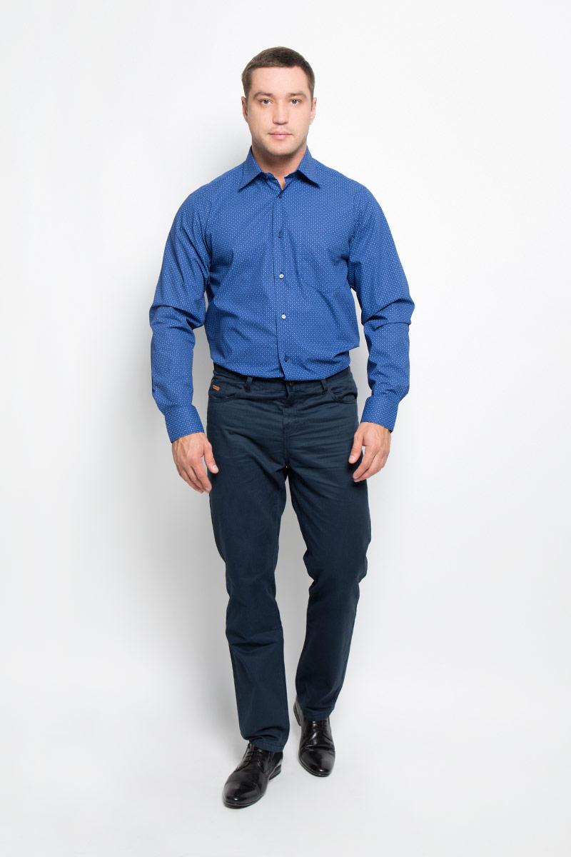 Рубашка мужская. 12.01485712.014857Мужская рубашка BTC, выполненная из высококачественного натурального хлопка, займет достойное место в вашем гардеробе. Изделие мягкое, тактильно приятное, не сковывает движений и хорошо пропускает воздух, обеспечивая комфорт при носке. Модель прямого кроя с отложным воротником и длинными рукавами застегивается спереди на пуговицы по всей длине. Манжеты дополнены застежками-пуговицами. На груди расположен накладной карман. Изделие оформлено принтом. Такая рубашка подчеркнет ваш вкус и поможет создать стильный образ!