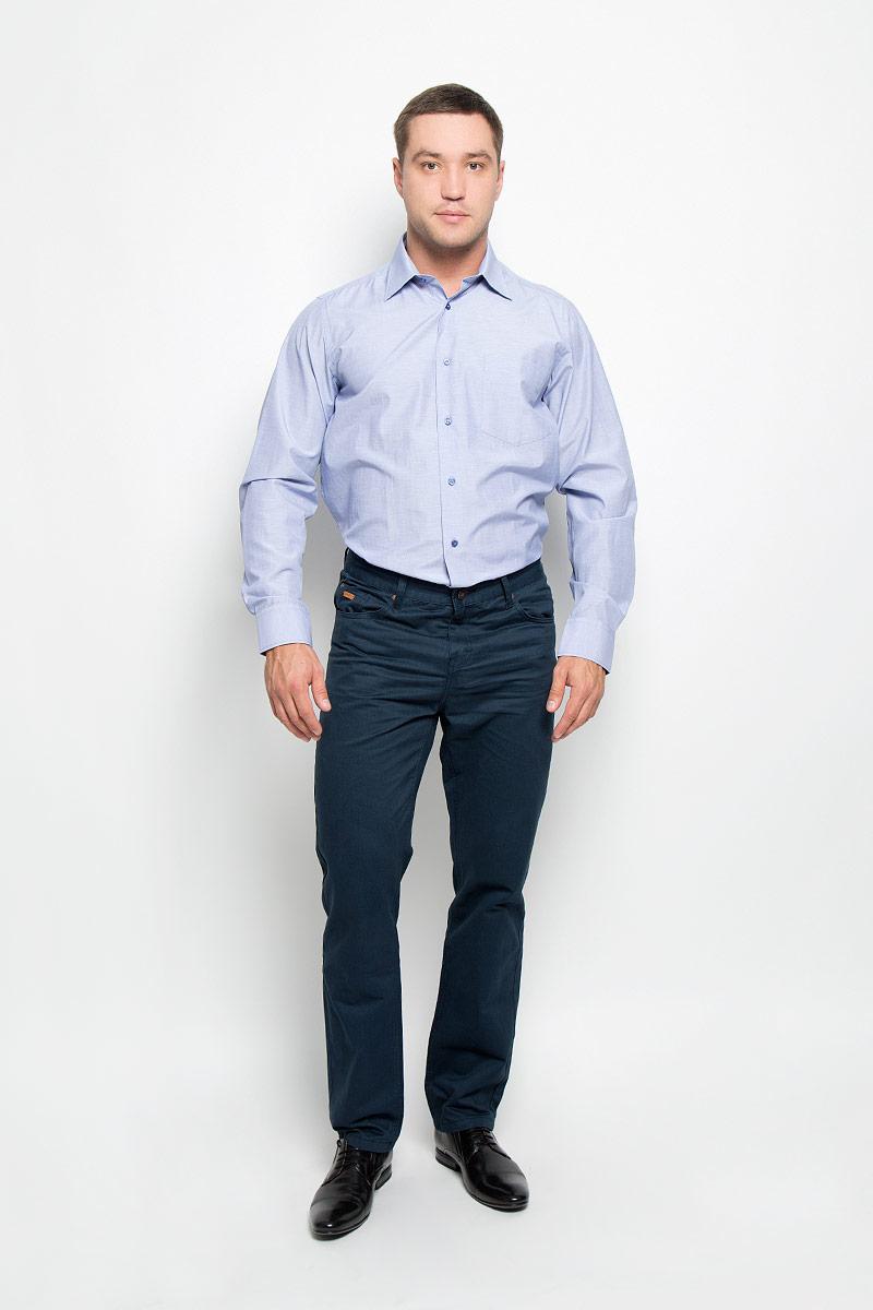 Рубашка мужская. 12.01486212.014862Мужская рубашка BTC изготовлена из хлопка с добавлением полиэстера. Ткань изделия мягкая и приятная на ощупь, не сковывает движения и хорошо пропускает воздух. Рубашка с отложным воротником и длинными рукавами застегивается спереди на пуговицы по всей длине. Модель имеет прямой силуэт. На манжетах предусмотрены застежки-пуговицы. На груди расположен накладной карман. Высокое качество кроя и пошива, дизайн и расцветка придают изделию неповторимый стиль и индивидуальность. Рубашка займет достойное место в вашем гардеробе!