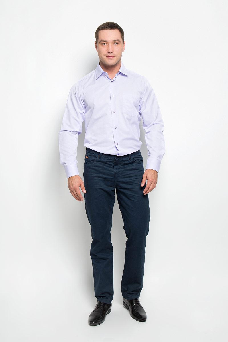 Рубашка12.014874Мужская рубашка BTC, выполненная из высококачественного материала, станет замечательным дополнением к вашему гардеробу. Изделие мягкое, тактильно приятное, не сковывает движений и хорошо пропускает воздух, обеспечивая комфорт при носке. Модель прямого кроя с отложным воротником и длинными рукавами застегивается спереди на пуговицы по всей длине. Манжеты дополнены застежками-пуговицами. На груди расположен накладной карман. Такая рубашка подчеркнет ваш вкус и поможет создать стильный образ!