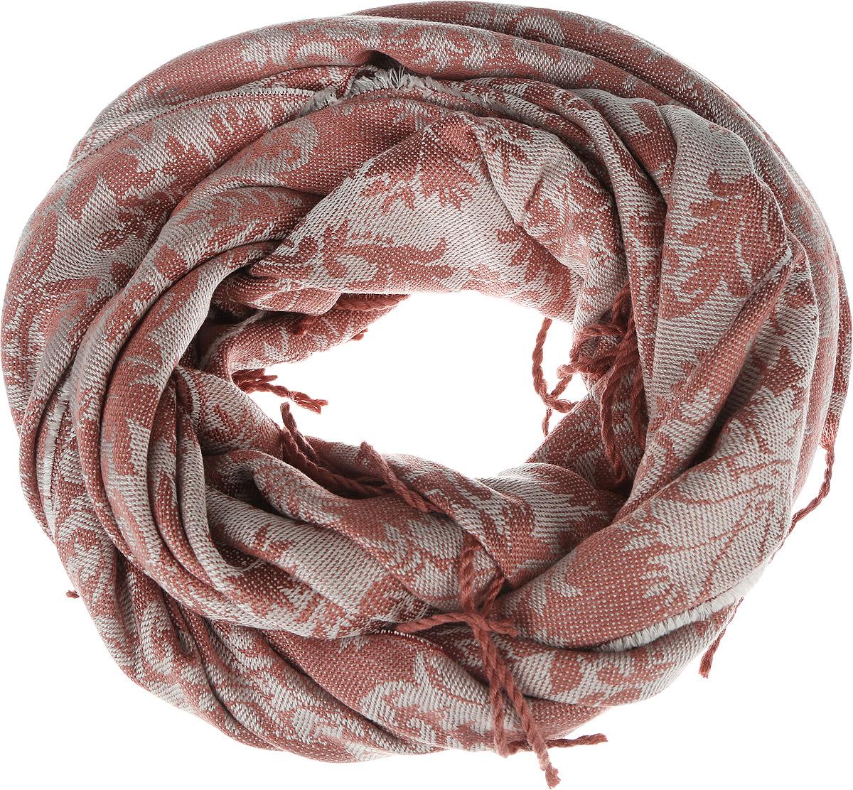ШарфSCw-142/458-6302Модный женский шарф Sela подарит вам уют и станет стильным аксессуаром, который призван подчеркнуть вашу индивидуальность и женственность. Теплый шарф выполнен из 100% акрила, он невероятно мягкий и приятный на ощупь. Шарф оформлен оригинальным цветочным орнаментом и украшен бахромой в виде жгутиков по краям. Этот модный аксессуар гармонично дополнит образ современной женщины, следящей за своим имиджем и стремящейся всегда оставаться стильной и элегантной. Такой шарф украсит любой наряд и согреет вас в непогоду, с ним вы всегда будете выглядеть изысканно и оригинально.