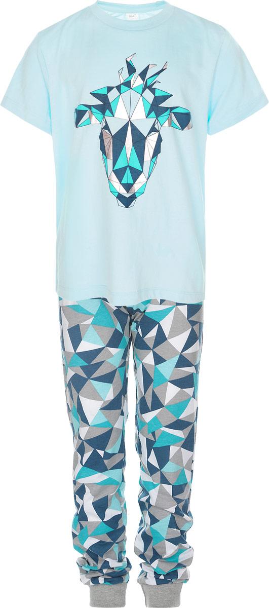 Пижама для мальчика. PYb-7862/011-6302PYb-7862/011-6302Очаровательная пижама для мальчика Sela, состоящая из футболки и брюк, идеально подойдет вашему малышу и станет отличным дополнением к детскому гардеробу. Изготовленная из натурального хлопка, она необычайно мягкая и легкая, не сковывает движения, позволяет коже дышать и не раздражает даже самую нежную и чувствительную кожу ребенка. Футболка с короткими рукавами и круглым вырезом горловины оформлена оригинальным геометрическим принтом. Брюки на талии имеют эластичную резинку, благодаря чему не сдавливают живот ребенка и не сползают. Объем талии регулируется при помощи шнурка-кулиски. Модель оформлена принтом в виде треугольников. В такой пижаме ваш маленький модник будет чувствовать себя комфортно и уютно во время сна.