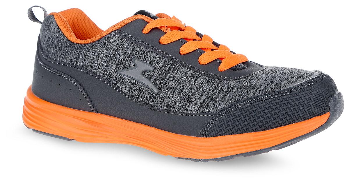 Кроссовки10939-10Модные кроссовки от фирмы Зебра очаруют вашего ребенка с первого взгляда! Модель выполнена из текстиля и искусственной кожи. Воздухопроницаемая поверхность верха обеспечивает отличную вентиляцию, позволяет ногам дышать. Классическая шнуровка гарантирует оптимальную посадку обуви на ноге. Ярлычок, расположенный на заднике, облегчает процесс надевания кроссовок. Подкладка из текстиля комфортна при движении. Рельефная стелька с поверхностью из натуральной кожи дополнена супинатором, который обеспечивает правильное положение ноги ребенка при ходьбе, предотвращает плоскостопие. Анатомическая стелька способствует правильному формированию скелета и анатомических сводов детской стопы, снижает общую усталость ног, уменьшает нагрузку на позвоночник, делает ходьбу ребенка легкой, приятной и комфортной. Подошва с рифлением обеспечивает отличное сцепление с любой поверхностью. Эффектные кроссовки приведут в восторг вашего ребенка!