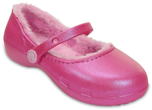 203512-6U9Модные сабо Karin Lined Clog от Crocs выполнены из полимера Croslite. Благодаря материалу Croslite обувь невероятно легкая, мягкая и удобная. Материал Croslite - бактериостатичен, препятствует появлению неприятных запахов и легок в уходе: быстро сохнет и не оставляет следов на любых поверхностях. Под воздействием температуры тела обувь принимает форму стопы. Внутренняя отделка и стелька из искусственного меха дарят тепло и комфорт. Ремешок обеспечивает фиксацию стопы при ходьбе. Рельефная поверхность верхней части подошвы комфортна при движении. Рифленое основание подошвы гарантирует идеальное сцепление с любой поверхностью.
