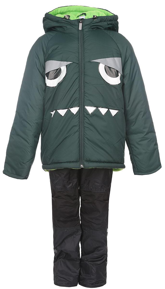 Комплект верхней одежды64059_BOB_вар.1Комплект одежды Boom!, состоящий из куртки и утепленных брюк, идеально подойдет для вашего мальчика в прохладное время года. Куртка изготовлена из 100% полиэстера и оформлена спереди светоотражающими нашивками, изображением глаз и зубов. Подкладка, выполненная из полиэстера с добавлением вискозы, приятная на ощупь. В качестве утеплителя используется синтепон - 100% полиэстер. Куртка с капюшоном и рукавами-реглан застегивается на застежку-молнию. Капюшон дополнен затягивающимся шнурком с металлическими стопперами. На рукавах предусмотрены трикотажные напульсники, которые предотвращают проникновение снега и ветра. Один из рукавов оформлен фирменной нашивкой, низ спинки - фирменной светоотражающей нашивкой, капюшон и спинка - декоративными вставками под дракона. Брюки, изготовленные из полиэстера на флисовой подкладке, приятные на ощупь, не сковывают движения и обеспечивают наибольший комфорт. Брюки прямого кроя на талии имеют широкий эластичный...