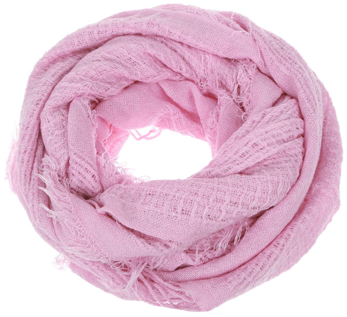 ШарфSCw-142/460-6302Стильный шарф Sela идеально подойдет для прогулок в холодное время года. Он обладает хорошими дышащими свойствами и хорошо удерживает тепло. Шарф по краям декорирован кистями. Такой шарф станет модным и стильным предметом вашего гардероба. Он улучшит настроение даже в хмурые холодные дни.