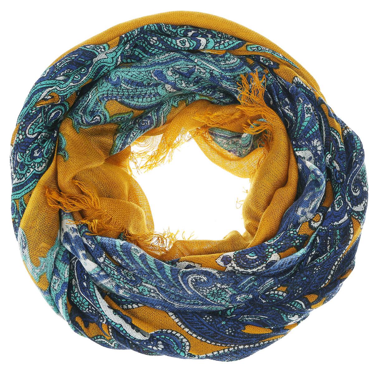 Шарф женский. SCw-142/453-6302SCw-142/453-6302Женский шарф Sela, изготовленный из 100% акрила, подчеркнет вашу индивидуальность. Благодаря своему составу, он легкий, мягкий и приятный на ощупь. Изделие оформлено оригинальным орнаментом. Такой аксессуар станет стильным дополнением к гардеробу современной женщины.