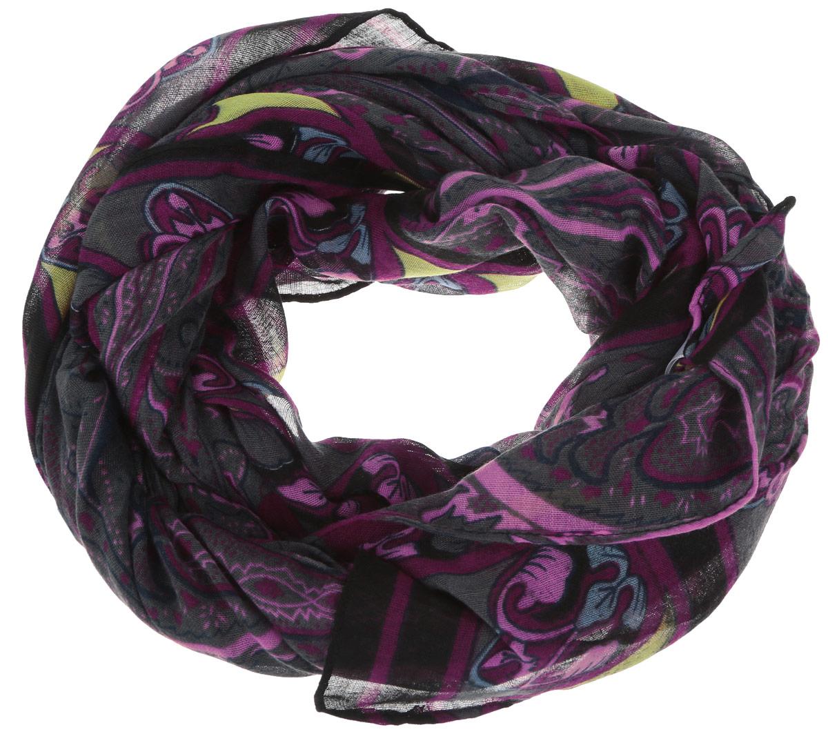 Шарф женский. SCw-142/452-6302SCw-142/452-6302Модный женский шарф Sela подарит вам уют и станет стильным аксессуаром, который призван подчеркнуть вашу индивидуальность и женственность. Шарф выполнен из полиэстера, он невероятно мягкий и приятный на ощупь. Модель оформлена контрастным цветочным рисунком. Этот модный аксессуар гармонично дополнит образ современной женщины, следящей за своим имиджем и стремящейся всегда оставаться стильной и элегантной. Такой шарф украсит любой наряд и согреет вас в непогоду, с ним вы всегда будете выглядеть изысканно и оригинально.