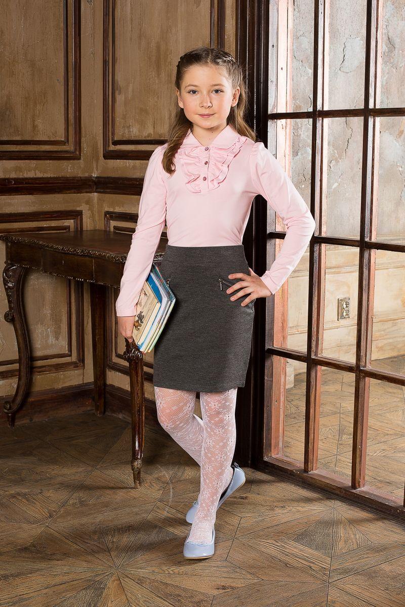 Блузка для девочки. 205606205606Блуза для девочек с длинным рукавом из качественного натурального трикотажа. Воротник модели декорирован трикотажной рюшей.