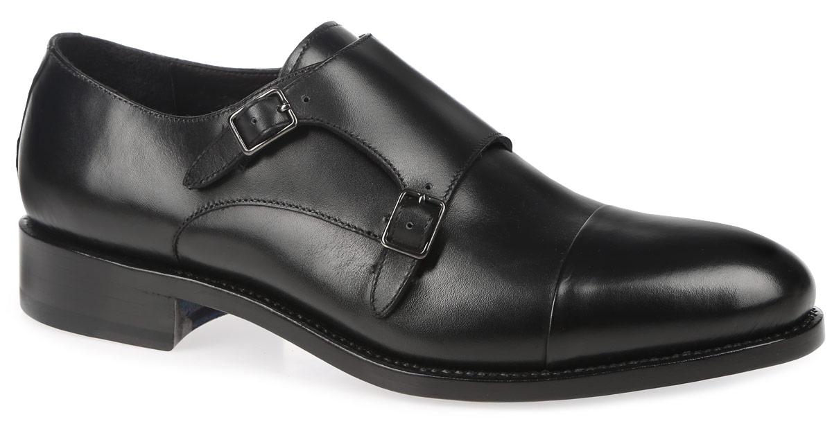 S029A02BK6Стильные мужские туфли от Sandro G придутся вам по душе. Модель, изготовленная из натуральной кожи, оформлена вдоль ранта крупной прострочкой. Эластичная вставка и широкий ремешок с металлическими пряжками обеспечивают идеальную посадку и надежную фиксацию модели на ноге. Внутренняя сторона и стелька выполнены из натуральной кожи, что создаст комфорт и предотвратит натирание. Подошва, сделанная из натуральной кожи, выглядит стильно, дорого, модно и элегантно. Она всегда уместна на светских раутах и торжественных мероприятиях. Классические туфли не оставят равнодушным ни одного мужчину.