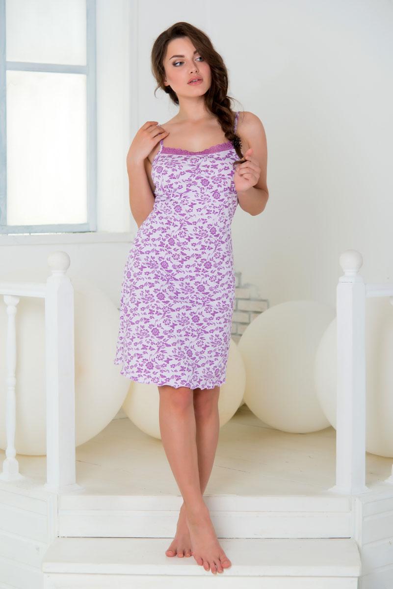 Ночная рубашкаSS16-S-07Ночная сорочка Santi Бабочки выполнена из натурального хлопка. Модель прямого кроя на узких нерегулируемых бретельках украшена контрастным принтом с изображением цветов и бабочек. Вырез горловины дополнен кружевной вставкой. Домашняя одежда торговой марки Santi уже давно зарекомендовала себя на российском рынке. Красивая, комфортная одежда для дома, разработанная специально для женщин всех возрастов. Одежда торговой марки Santi производится из высококачественного 100% хлопка, а благодаря тому, что производство располагается на российской фабрике, производители смогли не только удержать, но и снизить уровень цен.