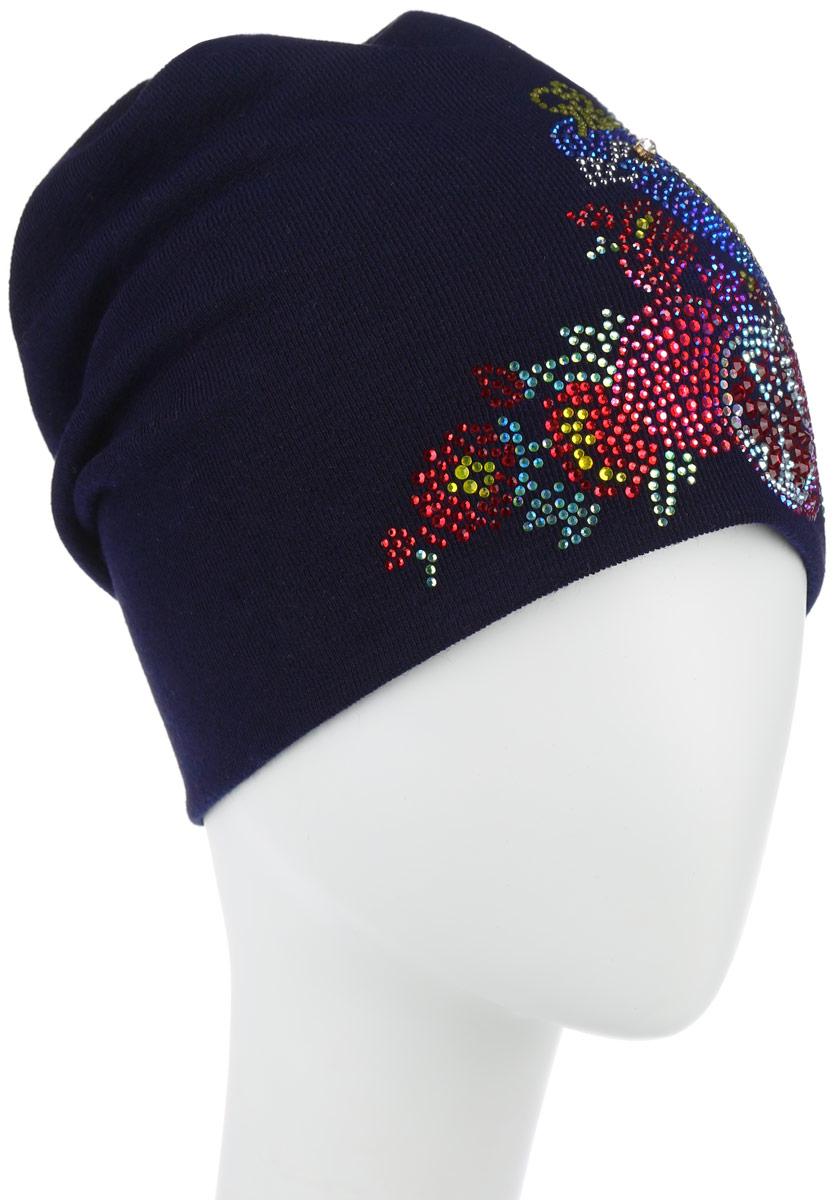 Шапка женская Птица райская. 3891038910Стильная женская шапка Level Pro Птица райская дополнит ваш наряд и не позволит вам замерзнуть в холодное время года. Шапка выполнена из шерсти с добавлением полиэстера, что позволяет ей великолепно сохранять тепло и обеспечивает высокую эластичность и удобство посадки. Изделие оформлено оригинальной аппликацией в виде птицы, выполненной из блестящих страз. На макушке ткань закручивается, как круговорот. Верх шапки сквозной. Такая шапка составит идеальный комплект с модной верхней одеждой, в ней вам будет уютно и тепло.