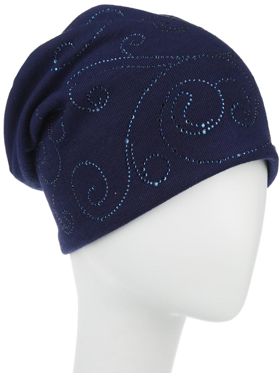 Шапка женская. 391784391784индивидуальность! Стильная женская шапка Level Pro дополнит ваш наряд и не позволит вам замерзнуть в холодное время года. Шапка наполовину выполнена из шерсти с добавлением полиэстера , что позволяет ей великолепно сохранять тепло и обеспечивает высокую эластичность и удобство посадки. Внутренняя сторона модели трикотажная. Изделие оформлено оригинальным узором, выполненным из блестящих страз, на макушке прикреплена небольшая пуговица. Модель дополнена металлической пластиной с названием бренда. Такая шапка составит идеальный комплект с модной верхней одеждой, в ней вам будет уютно и тепло.