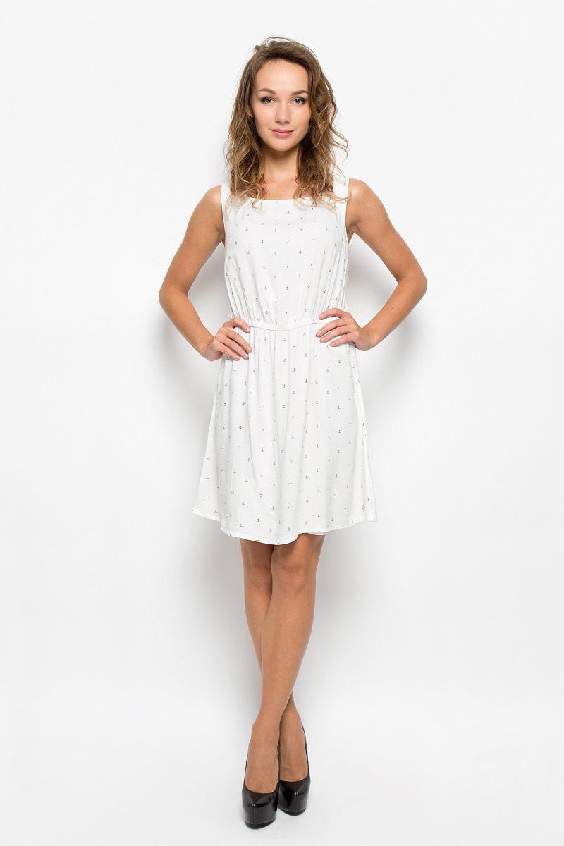 5019221.00.71_8005Модное платье Tom Tailor Denim, выполненное из вискозы, подчеркнет ваш уникальный стиль и поможет создать оригинальный женственный образ. Платье-миди с круглым вырезом горловины оформлено принтом с изображением якорей. Застегивается изделие на пуговицу, расположенную на спинке. На талии модель дополнена эластичной резинкой. Такое платье станет стильным дополнением к вашему гардеробу. Оно подчеркнет вашу индивидуальность.
