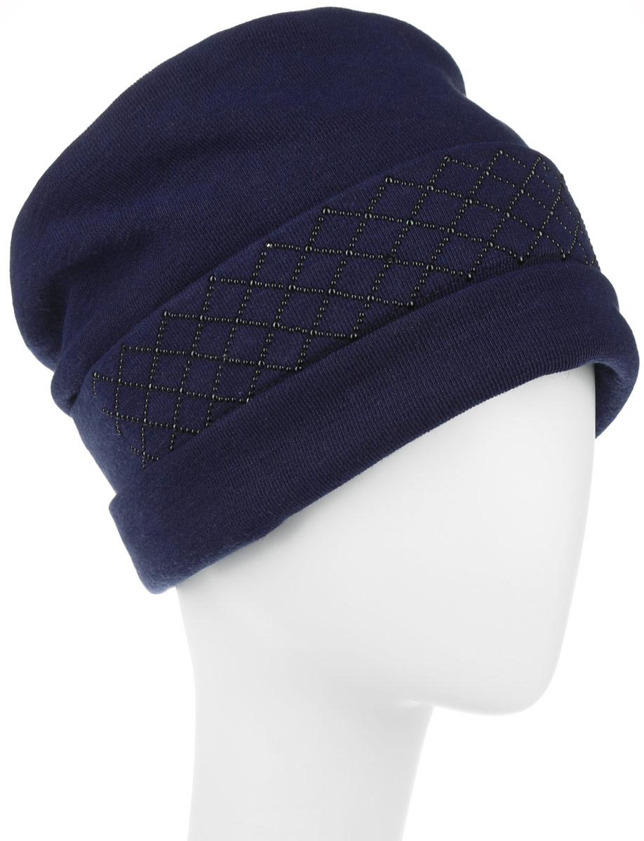 Шапка женская. 994301994301Стильная женская шапка Level Pro дополнит ваш наряд и не позволит вам замерзнуть в холодное время года. Шапка наполовину выполнена из шерсти с добавлением полиэстера, что позволяет ей великолепно сохранять тепло и обеспечивает высокую эластичность и удобство посадки. Внутренняя сторона модели флисовая. Изделие оформлено оригинальными тканевыми прострочками спереди и сзади. Дополнено выкладкой из блестящих страз. Такая шапка составит идеальный комплект с модной верхней одеждой, в ней вам будет уютно и тепло.