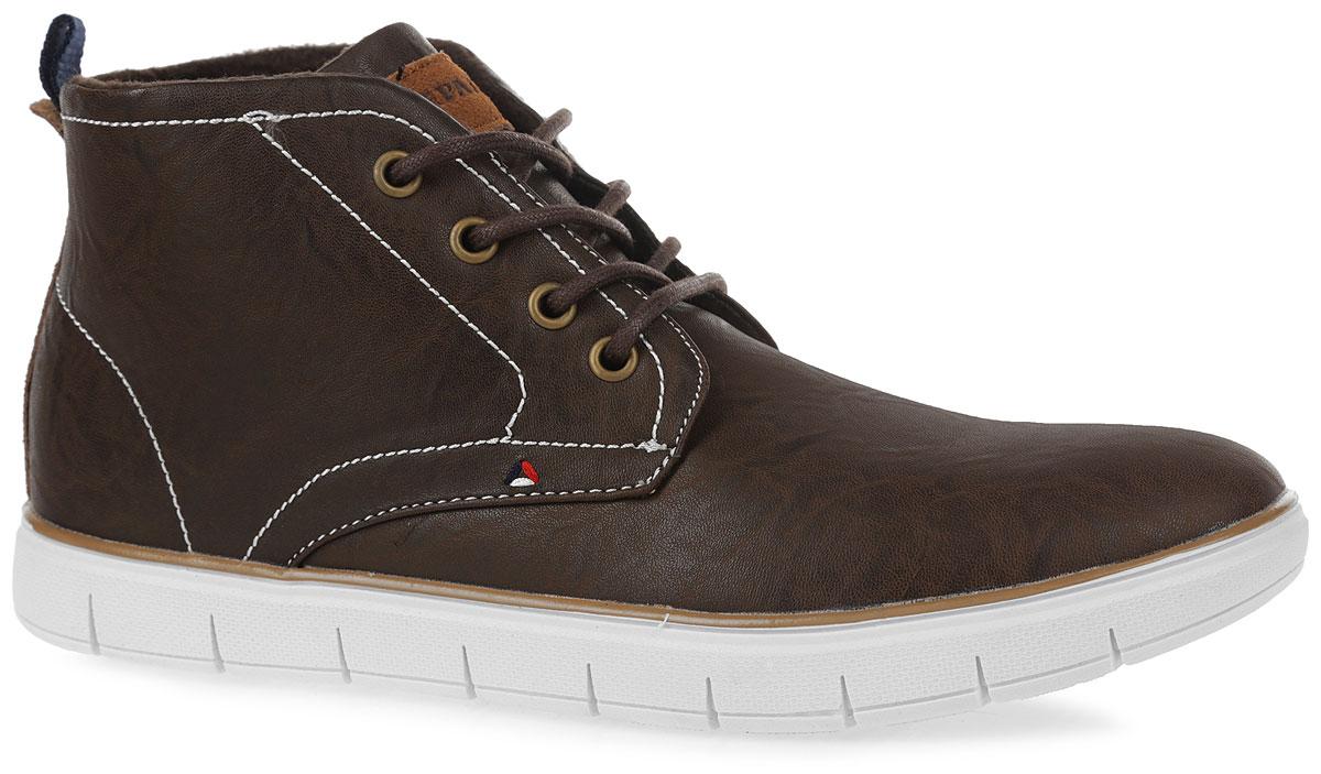 Ботинки мужские. 48-691F-17w-01/2-248-691F-17w-01/2-2Стильные ботинки от фирмы Patrol не оставят вас равнодушным благодаря своему дизайну и практичности. Обувь изготовлена из качественной искусственной кожи и спилка зернистой текстуры. Модель оформлена декоративной контрастной прострочкой. Язык оформлен фирменной нашивкой. На ноге модель фиксируется с помощью шнурков. Ярлычок на заднике упростит надевание модели. Внутренняя поверхность и стелька выполнены из флиса, который обеспечит тепло. Подошва выполнена из легкой и гибкой резины, а ее рифление гарантирует отличное сцепление с любой поверхностью. Такие модные и удобные ботинки займут достойное место в вашем гардеробе.
