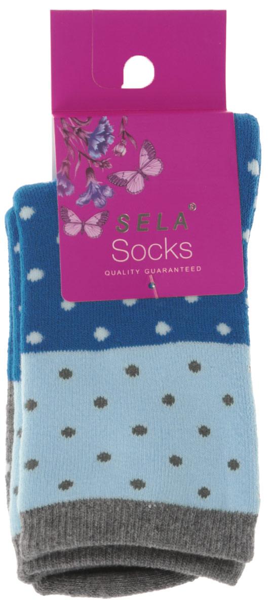 НоскиSOb-4/022-6302Детские носки Sela изготовленные из высококачественного материала, идеально подойдут вашему ребенку. Благодаря содержанию мягкого хлопка и полиэстера в составе, кожа сможет дышать, а эластан делает носочки более комфортными в носке. Эластичная резинка плотно облегает ножку ребенка, не сдавливая ее, обеспечивая комфорт и удобство. Оформлены носочки оригинальным принтом в горошек.