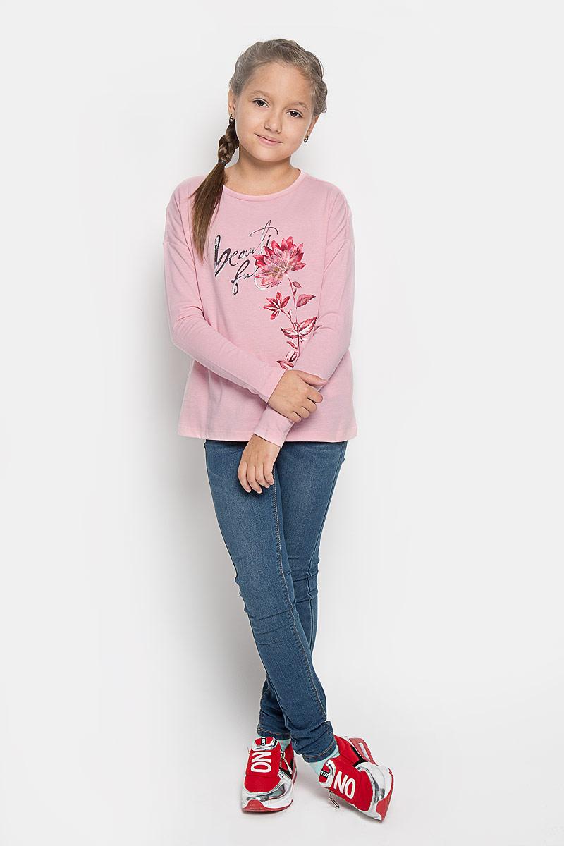Футболка с длинным рукавомT-611/935-6342Лонгслив для девочки Sela идеально подойдет маленькой принцессе. Изготовленный из натурального хлопка, он очень мягкий и приятный на ощупь, не сковывает движения ребенка и позволяет коже дышать, обеспечивая комфорт. Лонгслив с длинными рукавами и круглым вырезом горловины оформлен изображением цветка с элементами аппликации и надписью. Горловина дополнена трикотажной эластичной вставкой. Спинка модели слегка удлинена. Современный дизайн и модная расцветка делают этот лонгслив стильным предметом детского гардероба. В нем ваша маленькая модница будет чувствовать себя уютно и комфортно и всегда будет в центре внимания!