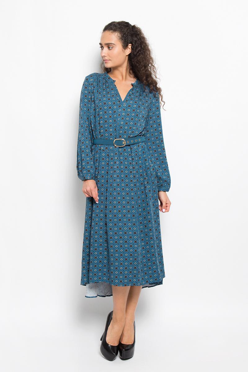 ПлатьеB402_NIGHT COAST PRINTEDЭлегантное платье Baon выполнено из 100% вискозы. Такое платье обеспечит вам комфорт и удобство при носке и непременно вызовет восхищение у окружающих. Платье-миди с длинными рукавами и V-образным вырезом горловины. Низ рукавов обработан манжетами на пуговицах. Юбка изделия немного удлинена и дополнена мягкими складками. Платье оформлено оригинальным орнаментом. Модель дополнена поясом. Изысканное платье-миди создаст обворожительный и неповторимый образ. Это модное и комфортное платье станет превосходным дополнением к вашему гардеробу, оно подарит вам удобство и поможет подчеркнуть ваш вкус и неповторимый стиль.
