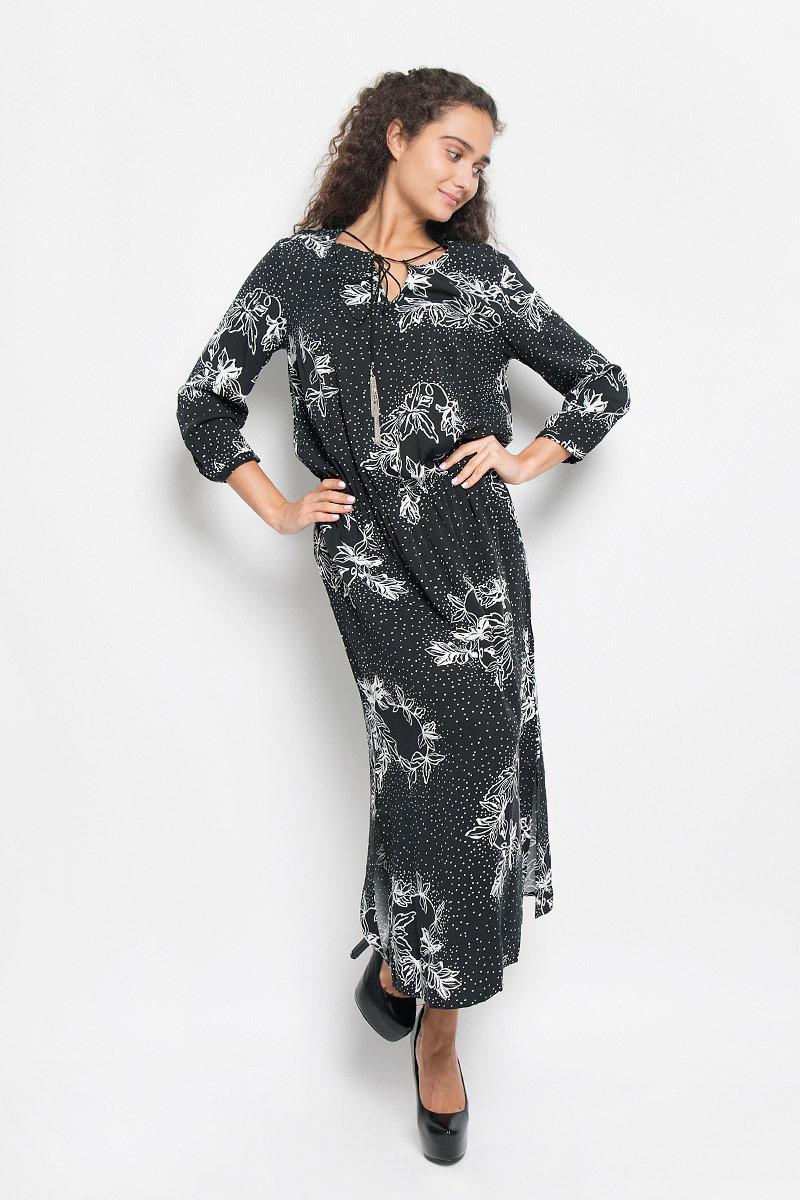 ПлатьеB435_BLACK PRINTEDЭлегантное платье Baon выполнено из 100% вискозы. Такое платье обеспечит вам комфорт и удобство при носке и непременно вызовет восхищение у окружающих. Платье-макси с круглым вырезом горловины и рукавами длинной 3/4. Низ рукавов дополнен узкими манжетами на пуговицах. Горловина оформлена декоративным разрезом и оригинальным шнурком. По талии изделие собрано на резинку, а в боковых швах обработаны разрезы. Изысканное платье-макси, оформленное цветочным принтом, создаст обворожительный и неповторимый образ. Это модное и комфортное платье станет превосходным дополнением к вашему гардеробу, оно подарит вам удобство и поможет подчеркнуть ваш вкус и неповторимый стиль.