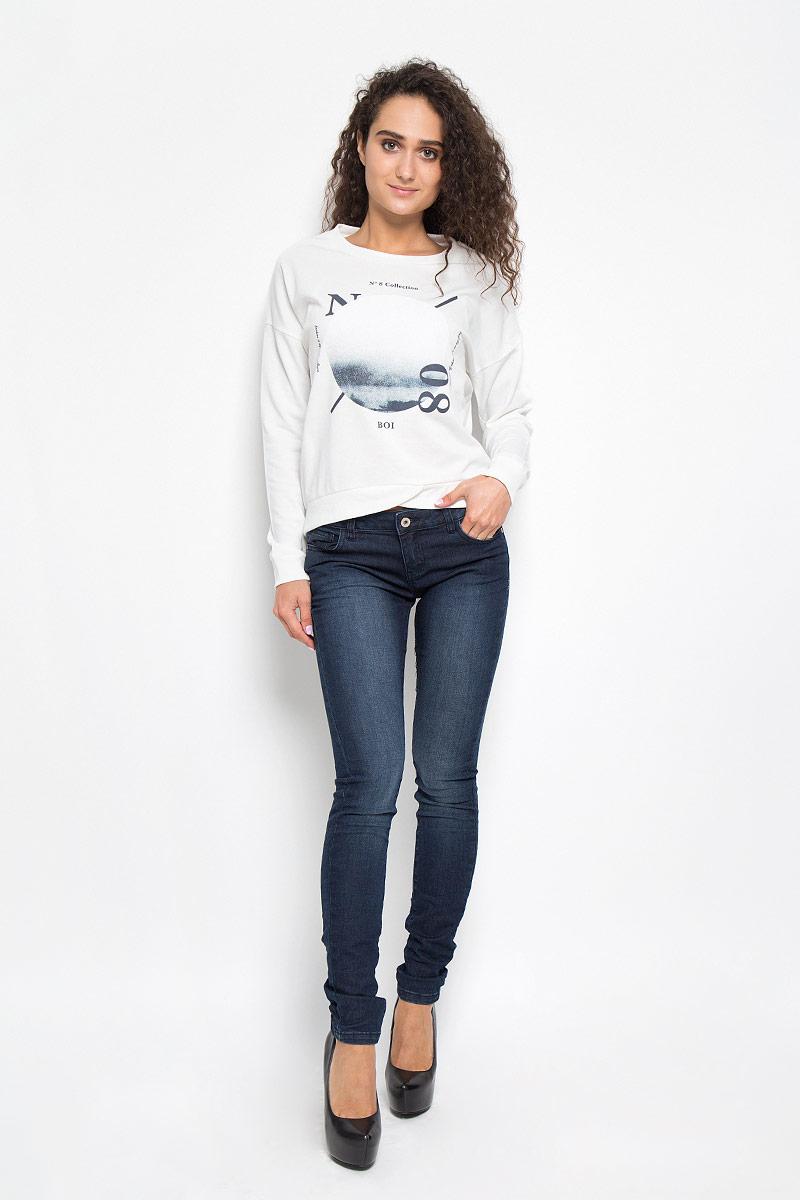 ДжинсыB306509_DARK NAVY DENIMСтильные женские джинсы Baon, выполненные из хлопка и полиэстера с добавлением вискозы и эластана, позволят вам создать неповторимый, запоминающийся образ. Джинсы-скинни со средней посадкой застегиваются на пуговицу в поясе и ширинку на застежке-молнии. Модель имеет шлевки для ремня. Джинсы имеют классический пятикарманный крой: спереди модель оформлена двумя втачными карманами и одним маленьким накладным кармашком, а сзади - двумя накладными карманами. Модель оформлена эффектом потертости. Эти модные джинсы послужат отличным дополнением к вашему гардеробу. В них вы всегда будете чувствовать себя уверенно и удобно.