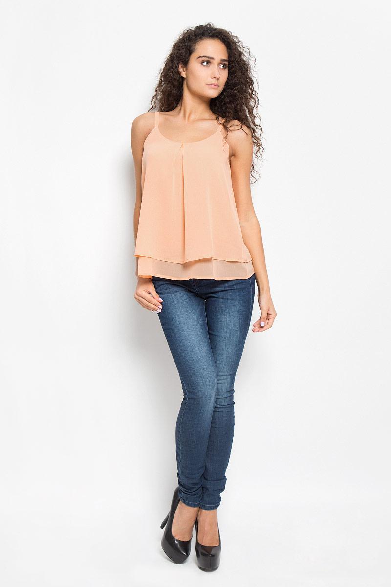 Блузка2031927.00.75_4716Легкая очаровательная женская блуза Tom Tailor, выполненная из 100% полиэстера, подчеркнет ваш уникальный стиль и поможет создать оригинальный женственный образ. Модная блузка на бретельках с круглой горловиной выполнена в виде трапеции. Модель оформлена в лаконичном стиле, что придает ей большей элегантности. Такая блузка будет дарить вам комфорт в течение всего дня и послужит замечательным дополнением к вашему гардеробу.