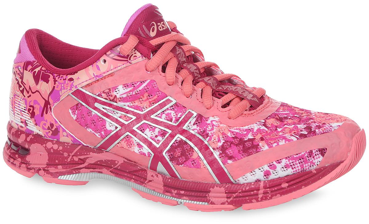 T676N-4301Очередное поколение триатлоновских кроссовок Gel-Noosa TRI 11 от Asics по достоинству отметят любительницы бега. Модель, выполненная из воздухопроницаемого сетчатого текстиля и искусственной кожи, дополнена бесшовными накладками из ПВХ. Подъем оформлен классической шнуровкой, которая надежно фиксирует обувь на ноге и регулирует объем. Стелька, которая идеально подстраивается под анатомические контуры стопы, изготовлена из ЭВА материала с покрытием из текстиля. Подкладка из текстиля не натирает. Вставка в носочной области из термостойкого геля на силиконовой основе значительно уменьшает нагрузку на пятку, колени и позвоночник спортсмена, снижая возможность получения травмы. Светоотражающая вставка на заднике создает дополнительную видимость в темное время суток. Средняя подошва оснащена системой DuoMax - двойной плотности для поддержки стопы и стабильности. Пластиковый элемент Trusstic под средней частью подошвы препятствует скручиванию...