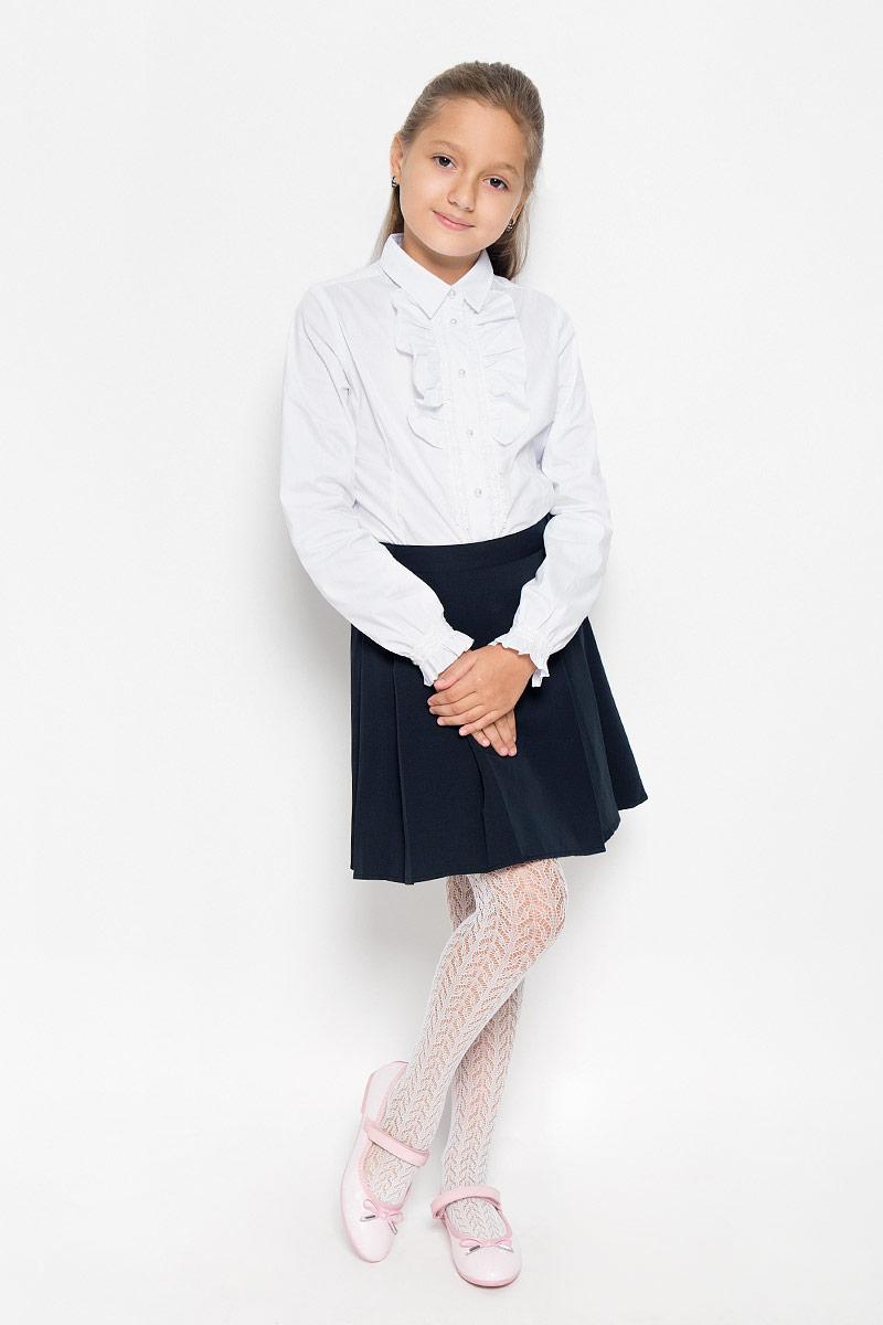 Юбка для девочки. CWA26007ACWA26007AСтильная юбка для девочки Nota Bene идеально подойдет для школы и повседневной носки. Изготовленная из высококачественного материала, она необычайно мягкая и приятная на ощупь, не сковывает движения малышки и позволяет коже дышать, не раздражает даже самую нежную и чувствительную кожу ребенка, обеспечивая ему наибольший комфорт. Спереди юбка выполнена в плиссированном стиле. Застегивается изделие сбоку на потайную молнию и дополнительно на пуговицу. Размер модели в поясе регулируется вшитой резинкой. Такая юбка - незаменимая вещь для школьной формы, отлично сочетается с блузками и пиджаками.