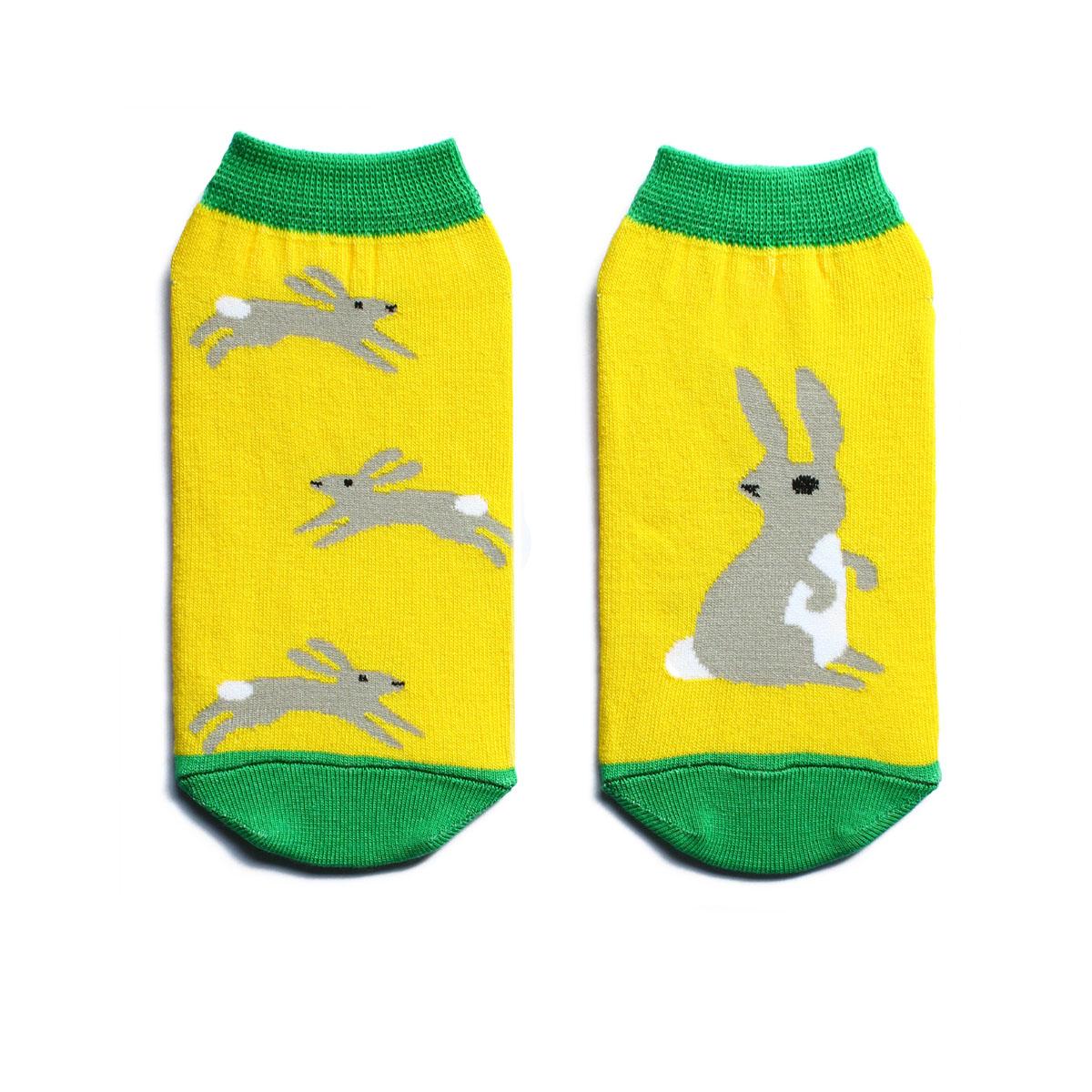Носки жен. n222n222Яркие носки с несимметричным принтом заяц и надписью run, rabbit, run, укороченные