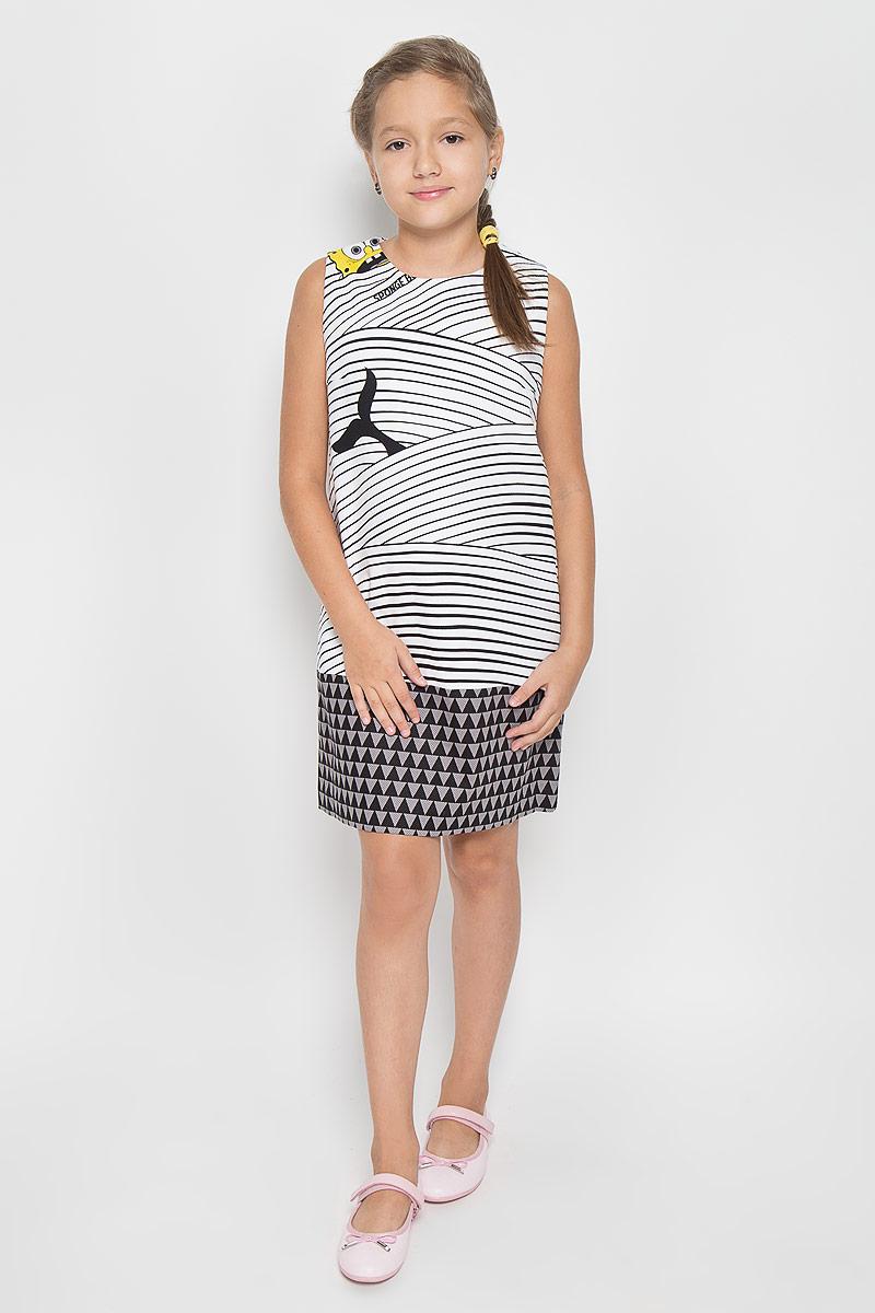 11610GTC2501Оригинальное платье для девочки Gulliver Желтое море SpongeBob SquarePants станет отличным дополнением к гардеробу вашей модницы. Платье изготовлено из эластичного хлопка, оно приятное на ощупь, не сковывает движения и позволяет коже дышать, обеспечивая комфорт. Модель с круглым вырезом горловины застегивается на скрытую молнию в боковом шве и на пуговицу по спинке, что помогает при переодевании ребенка. Оформлено изделие ярким контрастным принтом с изображением главного героя из мультфильма Губка Боб Квадратные Штаны. Такое красивое и стильное платье идеально подойдет как на каждый день, так и для праздничных мероприятий. В нем ребенок всегда будет в центре внимания! Уважаемые клиенты! Обращаем ваше внимание на возможные изменения в дизайне платья, связанные с расположением рисунка на ткани.