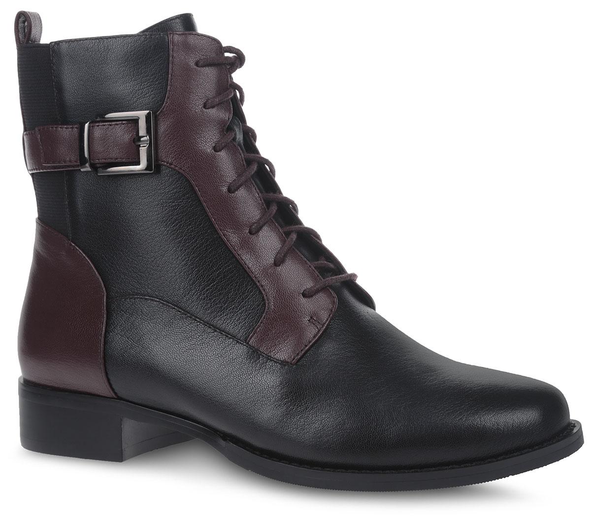 Ботинки женские. 11210-8-A1006J11210-8-A1006JСтильные ботинки от Sinta Gamma не оставят вас равнодушной благодаря своему дизайну и качеству. Модель изготовлена из натуральной кожи комбинированных цветов и оформлена декоративным ремешком с пряжкой. На ноге модель фиксируется с помощью удобной боковой молнии и классической шнуровки. Объем голенища регулируется с помощью эластичной резинки. Язычок на заднике облегчит надевание модели. Внутренняя поверхность и стелька выполнены из байки и оформлены фирменным принтом. Подошва изготовлена из легкой и прочной резины. Такие Модные и удобные ботинки займут достойное место в вашем гардеробе.