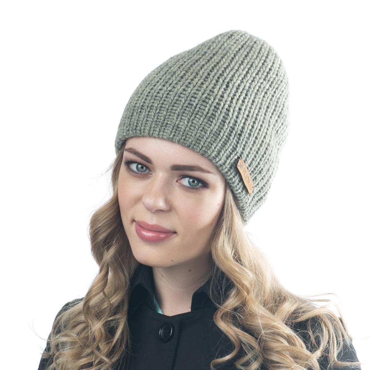 Шапка09FJТеплая двойная шапка Flioraj выполнена из объемной итальянской пряжи. Пряжа из овечьей шерсти и шерсти горной альпаки с добавлением полиакрила и вискозы делает изделие мягким, теплым, комфортным. Уважаемые клиенты! Размер, доступный для заказа, является обхватом головы.