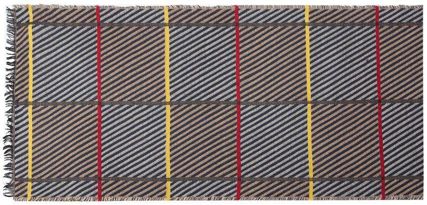 Палантин жен. LG41-573LG41-573Палантин торговой марки LABBRA. Состав: 100% шерсть. Тип подгибки: реснички. Размер: 58х180 см.
