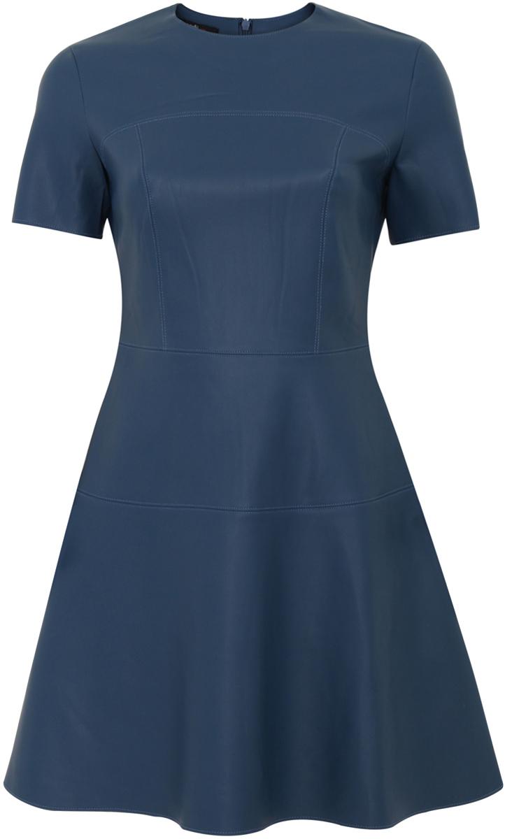 Платье11900211/43578/2900NСтильное женское платье выполнено из искусственной кожи. Модель А-силуэта с короткими рукавами и круглым вырезом горловины.