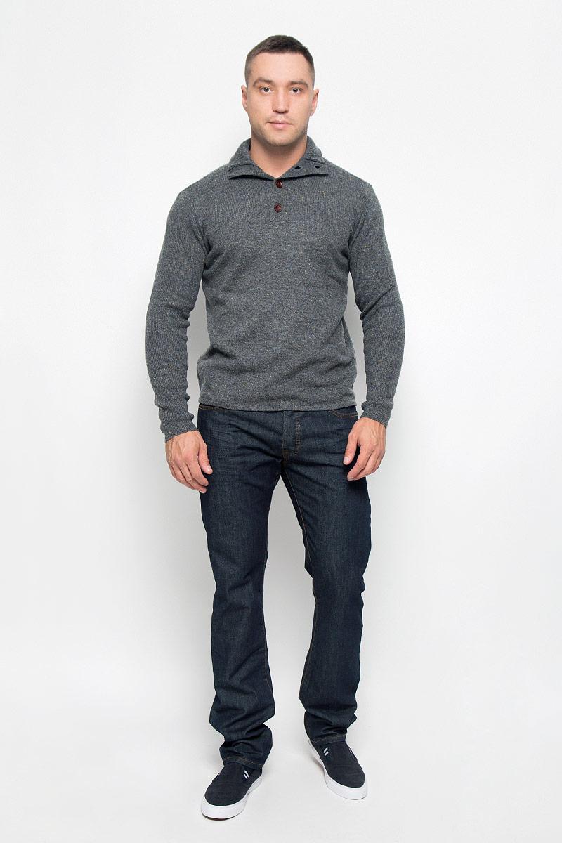 Свитер мужской. MX3001337MX3001337Вязаный мужской свитер Mexx идеально подойдет для повседневной носки. Благодаря содержанию шерсти составе, изделие хорошо сохраняет тепло. Модель не стесняет движений, обеспечивая комфорт при носке. Свитер с воротником-стойкой и длинными рукавами застегивается сверху на пуговицы. Дизайн и расцветка делают этот свитер стильным предметом мужской одежды. Он подарит вам тепло, уют и комфорт!