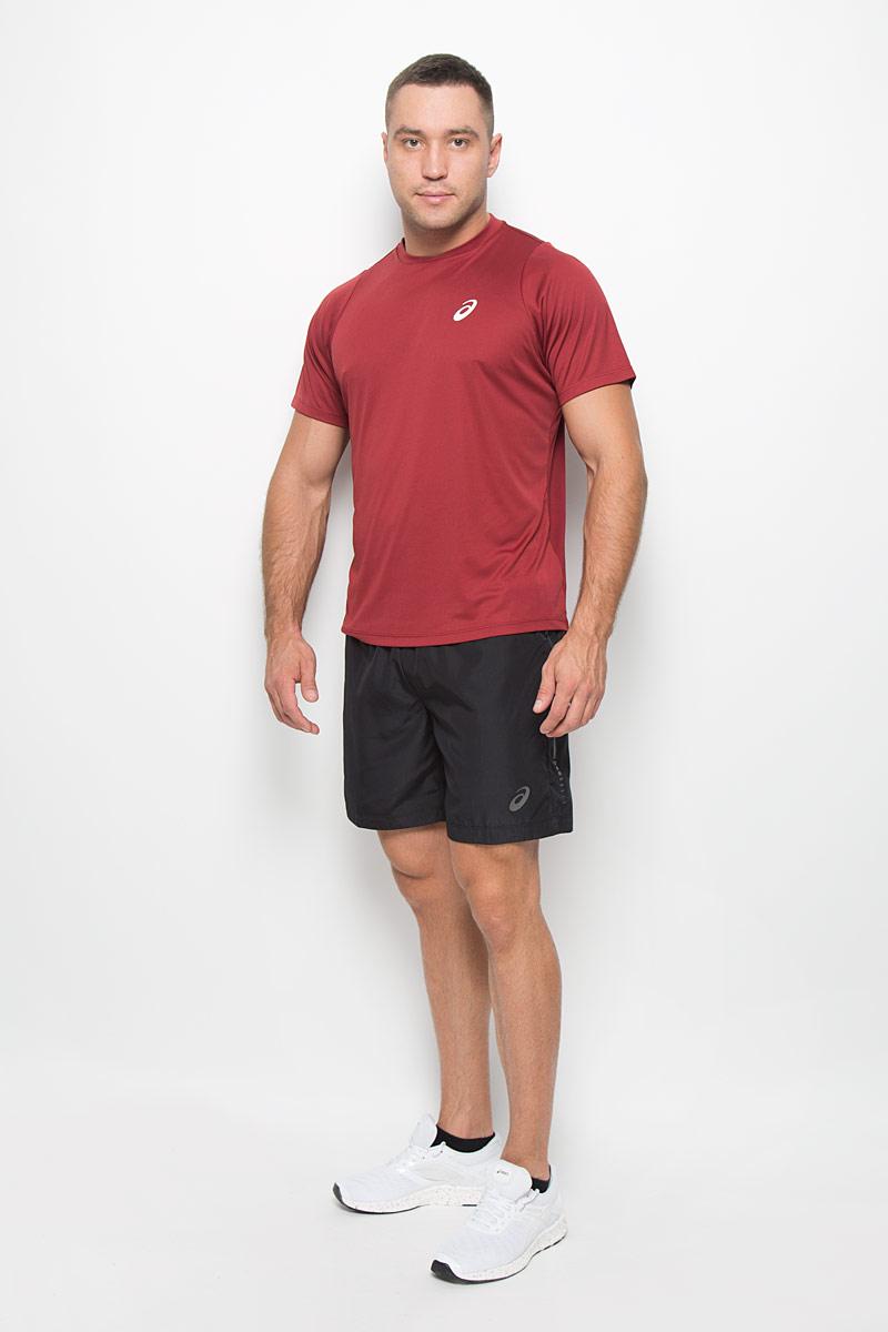 Шорты134093-0904Мужские шорты для бега Asics 7in станут отличным дополнением к вашему спортивному гардеробу. Они выполнены из полиэстера, благодаря чему удобно сидят, обладают высокой износостойкостью, быстро сохнут и превосходно отводят влагу от тела, оставляя кожу сухой. Модель дополнена широкой эластичной резинкой на поясе. Объем талии регулируется при помощи шнурка-кулиски в поясе. Шорты дополнены втачным карманом на застежке-молнии и оформлены светоотражающим логотипом. Изделие оснащено внутренней несъемной вставкой в виде трусов-слипов. Эти модные свободные шорты идеально подойдут для занятий спортом и бега. В них вы всегда будете чувствовать себя уверенно и комфортно.