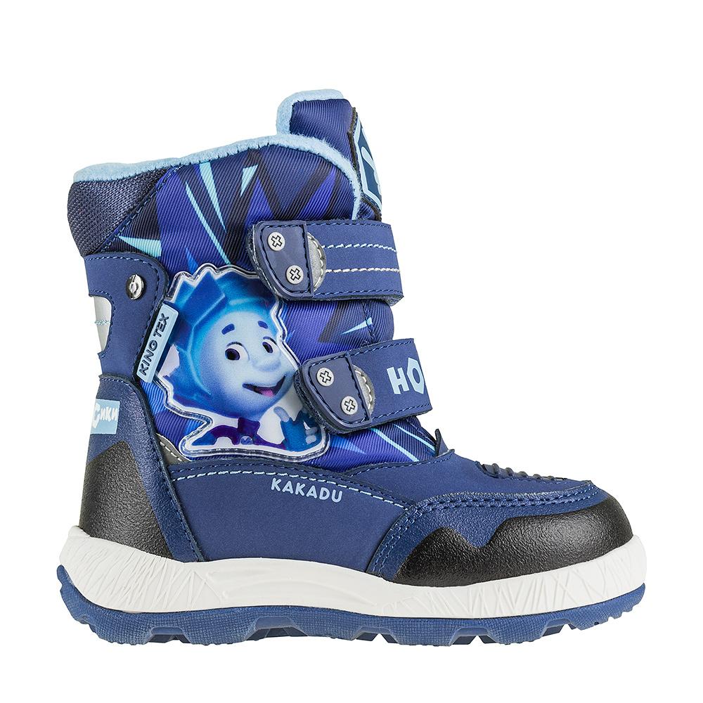 5764BПрелестные зимние дутики Фиксики от Kakadu приведут в восторг вашего ребенка! Модель выполнена из прочного текстиля со вставками из полиуретана. Благодаря мембране King Tex, вода не попадает внутрь обуви, при этом излишняя влага выводится наружу. Поэтому внутри обуви создается сухой и теплый микроклимат, комфортный для детей. Обувь оформлена сбоку аппликацией в виде героя мультфильма Фиксики, на язычке - фирменной нашивкой. Два ремешка на застежках-липучках, пропущенные через шлевки на подъеме, надежно фиксируют изделие на ноге. Подкладка и стелька из искусственной шерсти согреют ножки вашей малышки в холод. Также модель имеет дополнительную съемную утепленную стельку. Подошва с протектором обеспечивает идеальное сцепление с любыми поверхностями. Удобные дутики - необходимая вещь в гардеробе каждого ребенка!