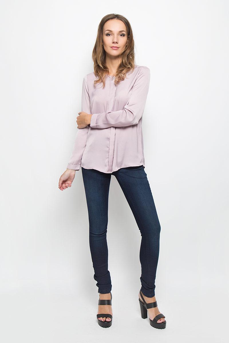 B306504Стильные женские джинсы Baon - это джинсы высочайшего качества, которые прекрасно сидят. Они выполнены из высококачественного эластичного хлопка, что обеспечивает комфорт и удобство при носке. Модные джинсы скинни станут отличным дополнением к вашему современному образу. Джинсы застегиваются на пуговицу в поясе и ширинку на застежке-молнии, имеют шлевки для ремня. Джинсы имеют классический пятикарманный крой: спереди модель оформлена двумя втачными карманами и одним маленьким накладным кармашком, а сзади - двумя накладными карманами. Эти модные и в то же время комфортные джинсы послужат отличным дополнением к вашему гардеробу.