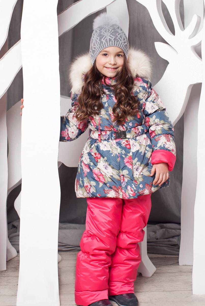 1КС1606Теплый и практичный зимний костюм Роза от OLDOS состоит из куртки и полукомбинезона. Верх выполнен из полиэстера, покрытие Teflon защищает от воды и грязи, увеличивает износостойкость и упрощает уход за изделием. Утеплитель Hollofan плотностью 250 г/м2 в куртке и 200 г/м2 в брюках гипоаллергенен, он отлично удерживает тепло. Подкладка на спинке и грудке выполнена из хлопка, в рукавах и брючинах - гладкий полиэстер для легкости одевания. Модель имеет съемную подстежку на молнии из 60% овечьей шерсти. Температура носки костюма -35...0°С. Куртка имеет весь необходимый функционал для комфортной носки: застежка- молния, двойная ветрозащитная планка с защитой подбородка (застегивается на кнопки и липучки), приятная к лицу трикотажная вставка на воротнике, саморегулирующиеся муфты с трикотажными манжетами в рукавах, низ рукавов присборен на резинку, пояс с металлической пряжкой на талии, прорезные карманы на кнопках, низ куртки присборен на резинку, съемный...