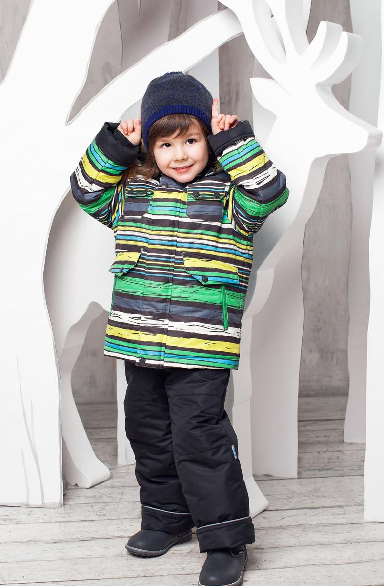 Комплект верхней одежды1КС1613Супер теплый и практичный зимний костюм от OLDOS. Покрытие Teflon защищает от воды и грязи, увеличивает износостойкость и упрощает уход за изделием. Утеплитель Hollofan 250/200 г/м2 гипоаллергенен, отлично удерживает тепло. Подкладка: хлопок (грудка и спинка), гладкий полиэстер в рукавах и брючинах для легкости одевания. Съемная подстежка на молнии из 60% овечьей шерсти. Температура -35...0 С. Куртка имеет весь необходимый функционал для комфортной носки: ветрозащитные планки, саморегулирующиеся трикотажные манжеты внутри рукавов, регулируемую утяжку по низу куртки, карманы, воротник-стойку с приятной к лицу трикотажной вставкой, съемный капюшон с регулируемым объемом и съемной опушкой из искусственного меха. Полукомбинезон также очень функционален: широкие эластичные регулируемые лямки, застежка-молния, вшита резинка по линии талии, есть снего-ветрозащитные муфты, так же есть карманы. Костюм оснащен светоотражающими элементами.