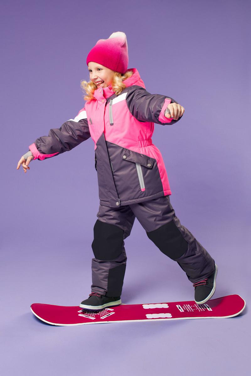 Комплект одежды для девочки Альбина. 16/OA-1SU420-216/OA-1SU420-2Долговечный и технологичный зимний костюм от OLDOS ACTIVE. Покрытие Teflon: защита от воды и грязи, износостойкость, за изделием легко ухаживать. Мембрана 5000/5000: водонепроницаемость, одежда дышит. Гипоаллергенный утеплитель HOLLOFAN PRO 200/150 г/м2 - тоньше обычного, зато эффективнее удерживает тепло. Подклад флисовый (в рукавах и брюках гладкий п/э для легкости одевания). Температурный режим (-30С...+5С). Костюм прекрасно защитит от ветра и снега благодаря воротнику-стойке, ветрозащитным планкам, снего-ветрозащитным муфтам и юбке; манжета регулируется по ширине липучкой. Дополнительно в рукавах есть эластичные манжеты с отверстием для большого пальца! Спинка удлиненная, низ куртки регулируется по ширине, по талии резинка. Капюшон съемный с регулировкой объема. Карманы на молнии + внутренний кармашек на липучке. Брюки с застежкой на молнию и кнопку, с резинкой по талии, широкими эластичными регулируемыми подтяжками, карманами, усилениями в местах износа. Светоотражающие элементы.
