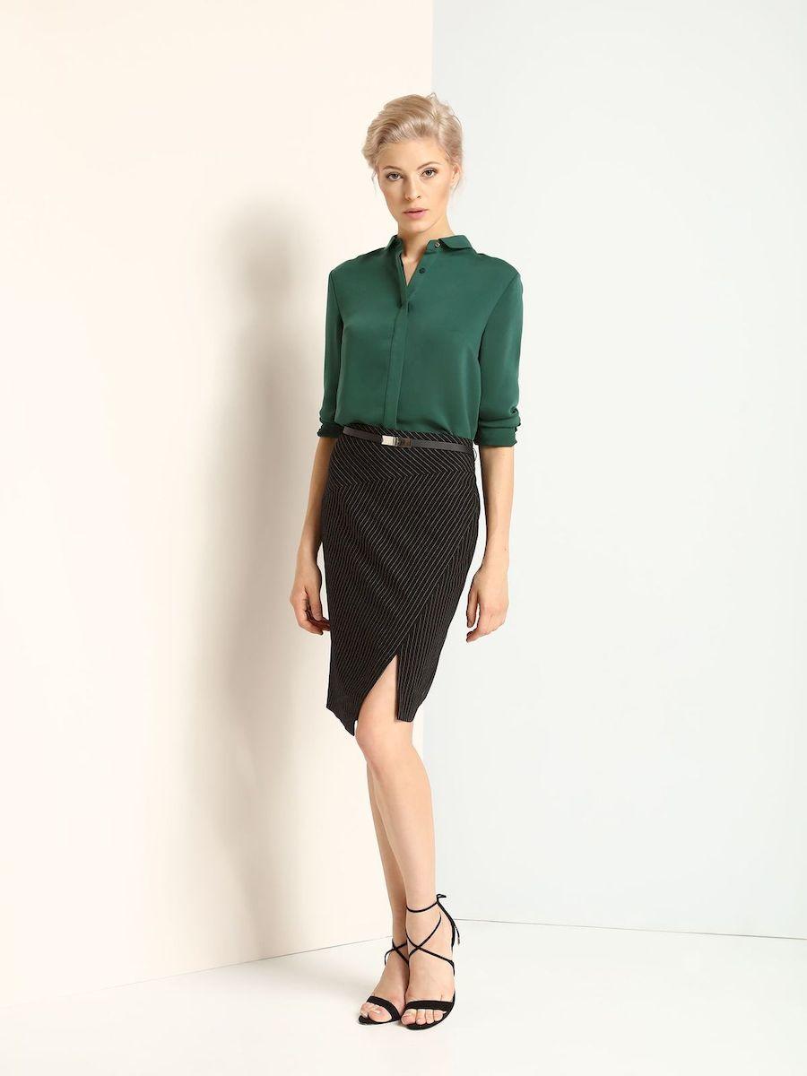 РубашкаSKL2084ZIЖенская рубашка выполнена из полиэстера. Модель на пуговицах,со стандартным длинным рукавом и отложным воротником. Манжеты оформлены металлическими пуговицами.