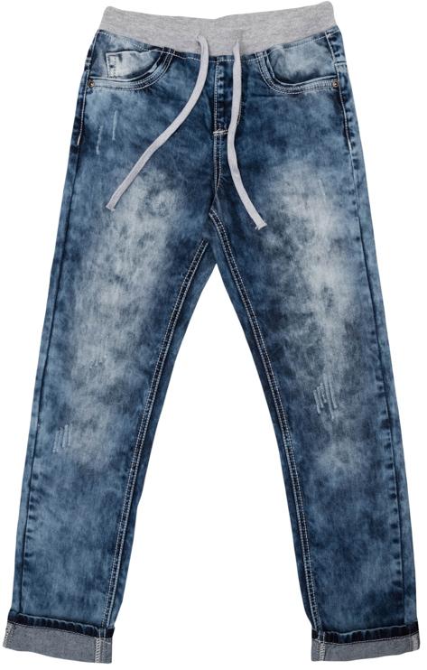 Джинсы363080Очень стильные вареные джинсы для мальчика. Джинсы с зауженным силуэтом и стандартной посадкой на талии имеют пояс на трикотажной резинке, дополнительно регулируемый шнурком. Модель представляет собой классическую пятикарманку: два втачных и один маленький накладной кармашек спереди и два накладных кармана сзади.